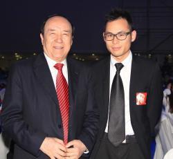 英皇集团主席杨受成博士再度获选为「中国十大慈善家」