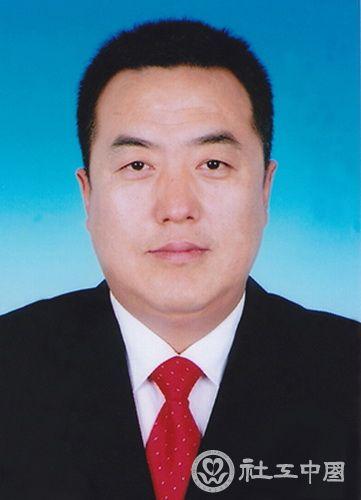 陈奇才:和谐社区领头雁居民群众贴心人