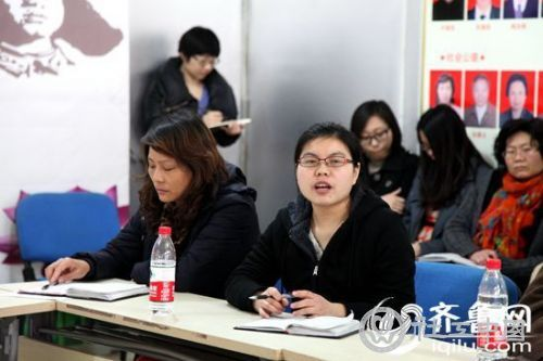 大学生社工就业难引代表委员共鸣 将提交建议提案 - 中国社工时报 - 中国社会工作人才服务平台