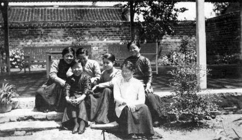 魏特琳的日记中记载,日军占领南京后掳掠强奸妇女