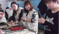 佳木斯汤原红十会联手爱心人士为贫困家庭送饺子