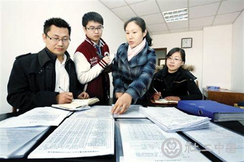"""""""1+6""""攻略实施一年  上海闯出一条特大型城市社会治理新路"""