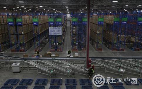 2014年4月23日,疫苗储存运输地-冷链建设系统-北京三康德乐北区营运中心。 视觉中国 图