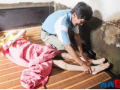 厦门:男子33年如一日照顾脑瘫儿 还做社工志愿者