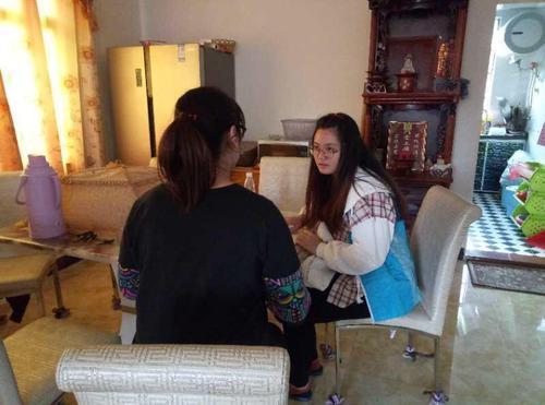 广东:珠海社工帮忙13岁离家出走少女回家