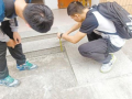 江门社工牵手志愿者开展街头调查