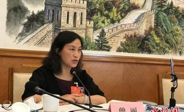 全国人大代表曾丽:加快中国西部地区社会工作人才队伍建设